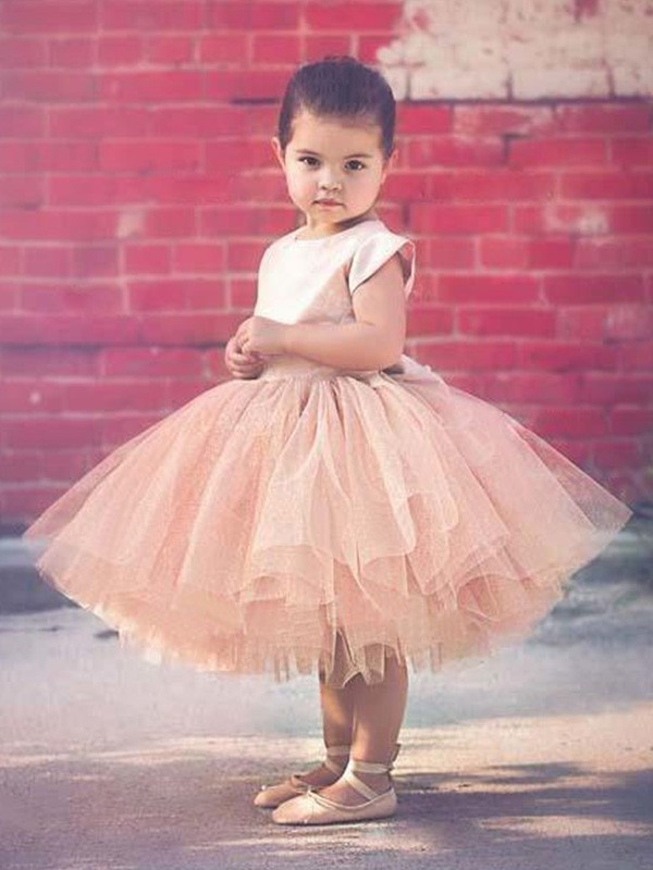 Ball Gown Scoop Tulle Short Sleeves Knee-Length Flower Girl Dresses