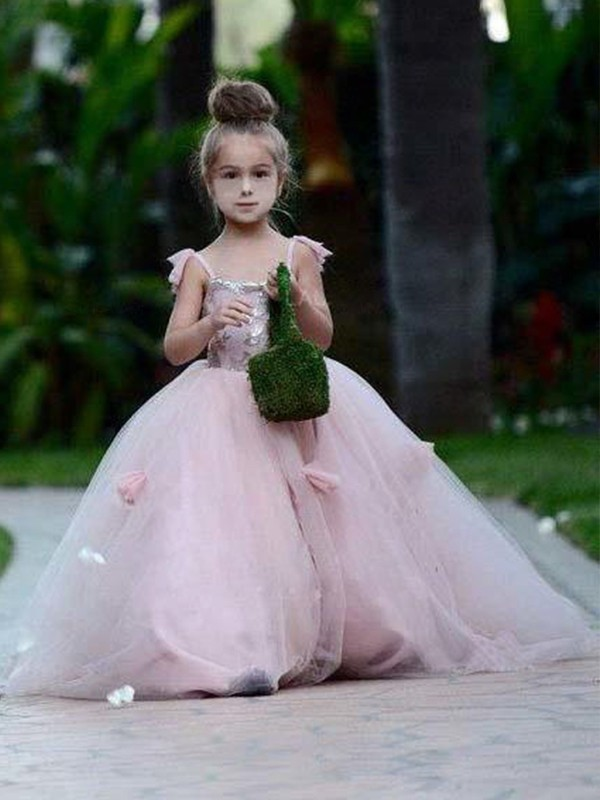 Ball Gown Spaghetti Straps Tulle Sleeveless Sweep/Brush Train Flower Girl Dresses