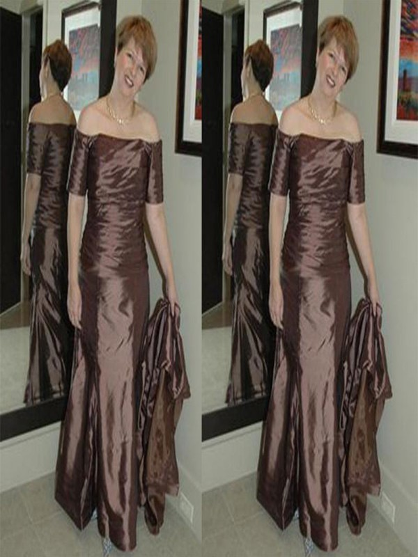Sheath/Column Off-the-Shoulder Elastic Woven Satin Short Sleeves Floor-Length Mother of the Bride Dresses