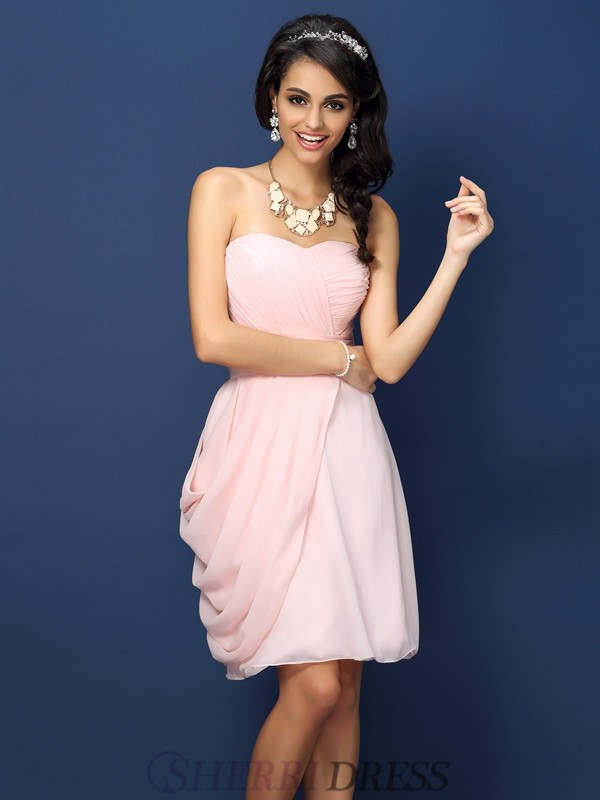 Sheath/Column Sweetheart Chiffon Sleeveless Short/Mini Bridesmaid Dresses