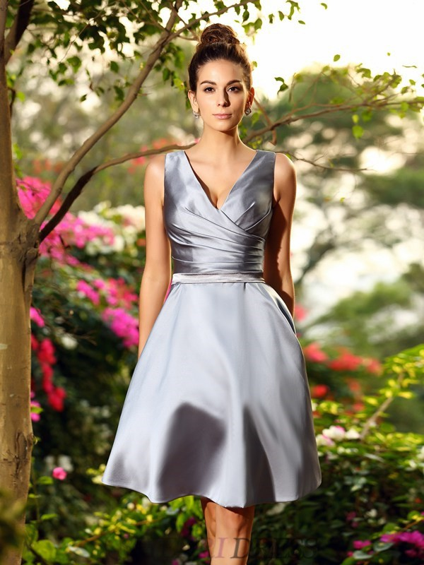 A-Line/Princess V-neck Satin Sleeveless Knee-Length Bridesmaid Dresses