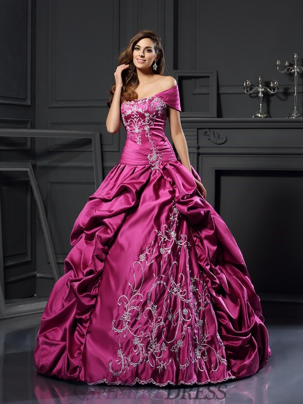 Ball Gown Sweetheart Satin Sleeveless Floor-Length Prom Dresses