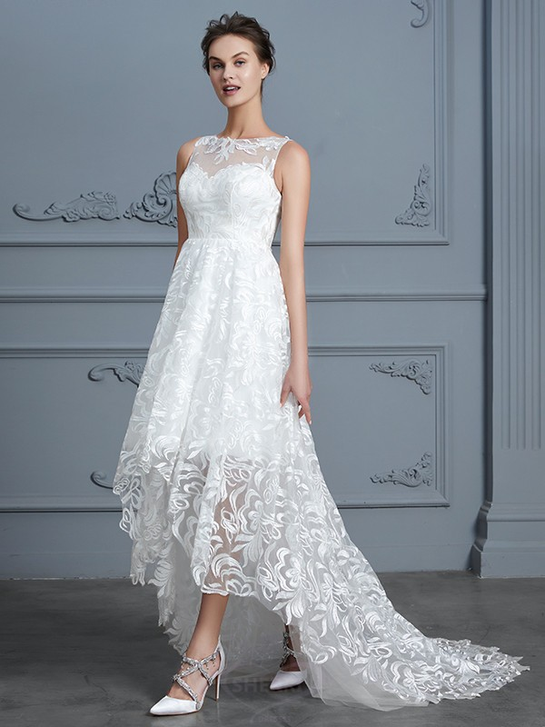A-Line/Princess Scoop Lace Sleeveless Asymmetrical Wedding Dresses